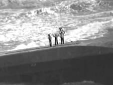 Vrouw en kinderen gered van door orkaan Maria omgeslagen schip