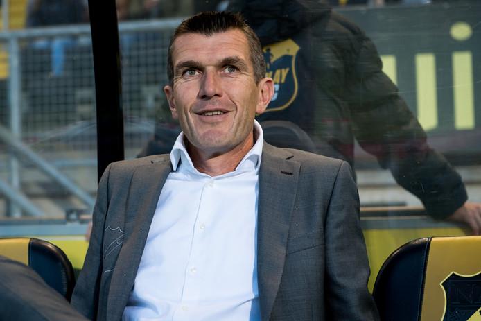 Marinus Dijkhuizen, trainer van NAC, had reden tot lachen.