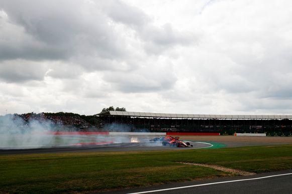 De crash tussen Max Verstappen en Sebastian Vettel.