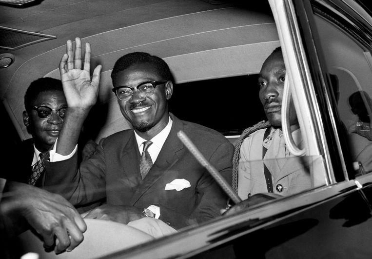 Patrice Lumumba in 1960 in New York onderweg voor een toespraak voor de Veiligheidsraad van de Verenigde Naties.  Beeld AP
