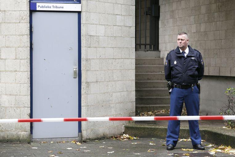 De rechtbank van Breda wordt in november 2013 ontruimd nadat op de publieke tribune een schot is gelost. Beeld anp