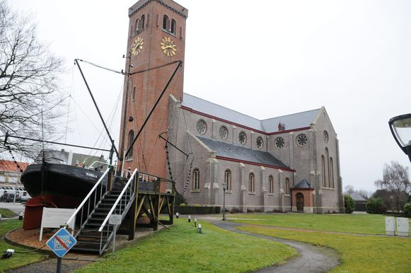 Een archiefbeeld van de kerk van Boekhoute.