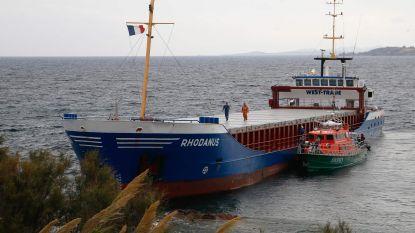 Schip van 90 meter gestrand voor kust Corsica