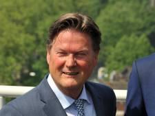 Wethouder Piet Sleeking wil op 1 juli weer aan de slag