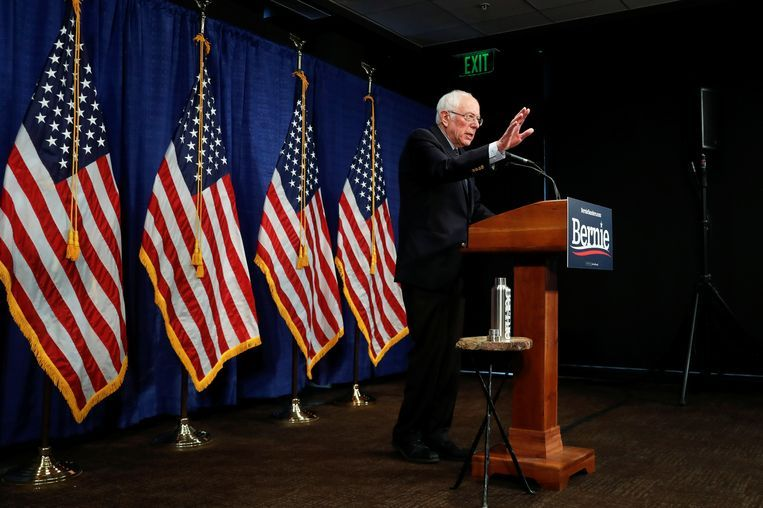 Sanders geeft een persconferentie in Burlington, Vermont. Beeld Reuters