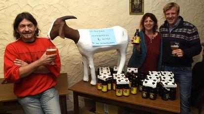 Hugo en Nele stellen geitenproject voor