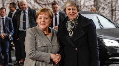 Charmeoffensief May slag in het water: ook Merkel wil brexitakkoord niet heronderhandelen