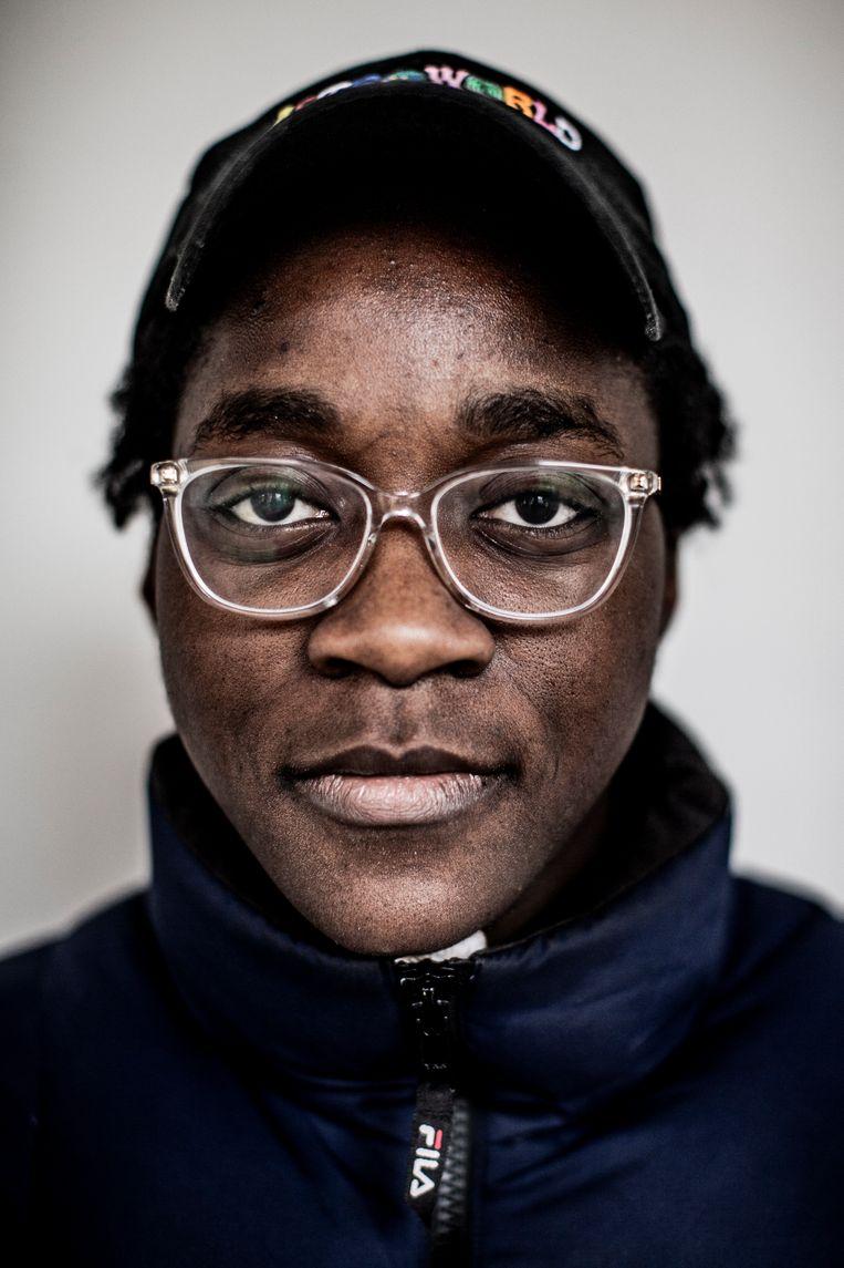 Sarah Bekambo: 'Ik ben al op straat aan-gesproken door iemand die een foto met mij wilde. Ik was bijna gechoqueerd – de eerste aflevering was net op tv geweest, en daarin kwam ik amper voor.' Beeld Diego Franssens HUMO 2020
