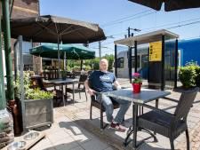 Uitbater Oude Station blij met groen licht van Dalfsen én NS voor ruimer terras