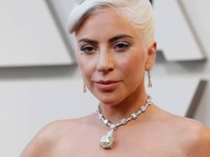 """Lady Gaga laisse un pourboire de 700 dollars à un serveur: """"Elle est super cool"""""""