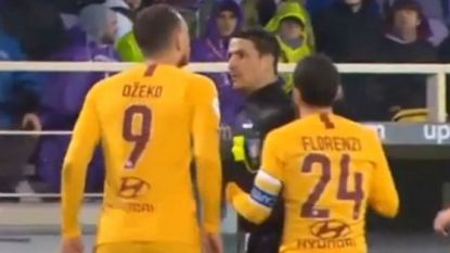 Kortsluiting in het hoofd van Edin Dzeko: AS Roma-spits spuwt ref in het gezicht