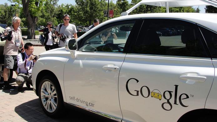 La Google Car version Lexus de Toyota.