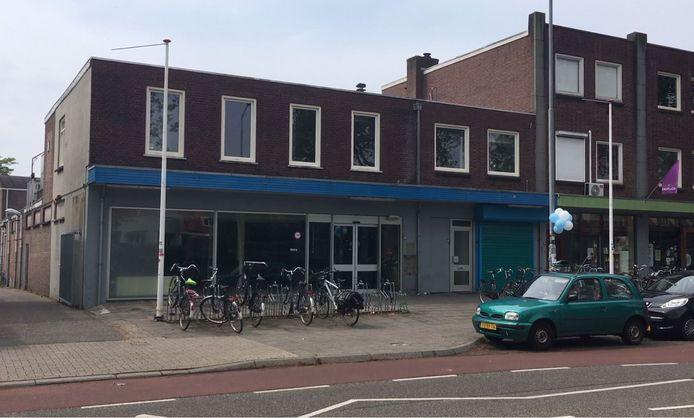 Het oude pand van Albert Heijn aan de Groenestraat in Nijmegen.