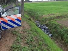 Dertig zakken afval gedumpt bij Giesbeek