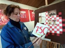 Roosendalers schilderen verjaardagscadeau voor hun stad