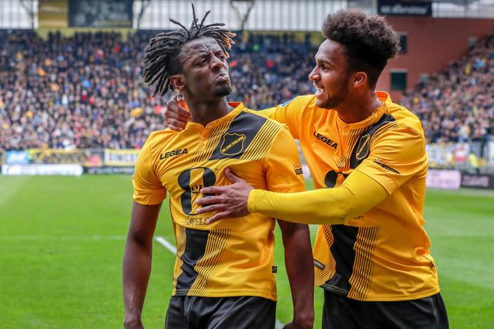 Greg Leigh viert een goal namens NAC Breda vorig seizoen.