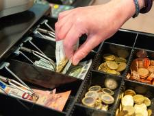Supermarktbaas mist 70.000 euro in de kassa en schakelt privédetective in: 'Ik vergeef en vergeet het nooit'