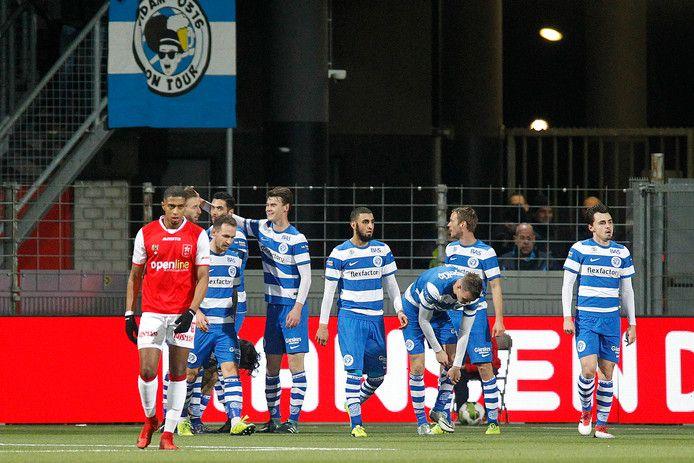 Wedstrijdbeeld uit de laatste wedstrijd tussen MVV en De Graafschap in Maastricht.