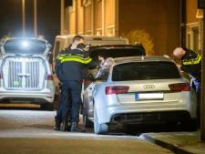 Politie in Utrechtse Sterrenwijk met man en macht op zoek naar gevluchte plofkrakers