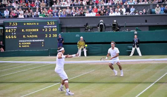 Rafael Nadal en Roger Federer in de finale in 2008.