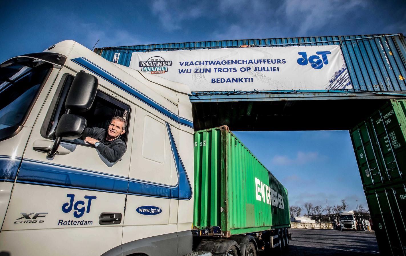 JGT Transportbedrijf in Hoogvliet bedankt zijn chauffeurs op 'De dag van Vrachtwagenchauffeur'