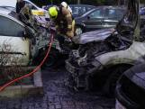 Vijf auto's uitgebrand aan Max Planckplaats in Ommoord