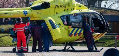 Helikopter kan nu naast ziekenhuis landen: minder kans op corona-besmetting