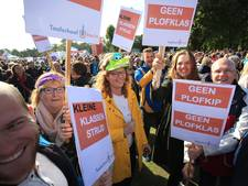 Het licht op school is uit, de leerkrachten zijn in Den Haag