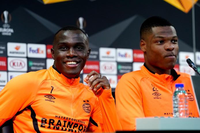 Armindo Bruma en Denzel Dumfries schoven aan om voor te beschouwen op Sporting - PSV.