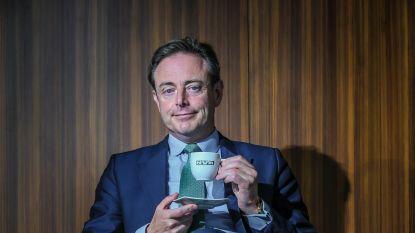 """Bart De Wever: """"Tussen N-VA en Vlaams Belang staat er een Chinese muur"""""""