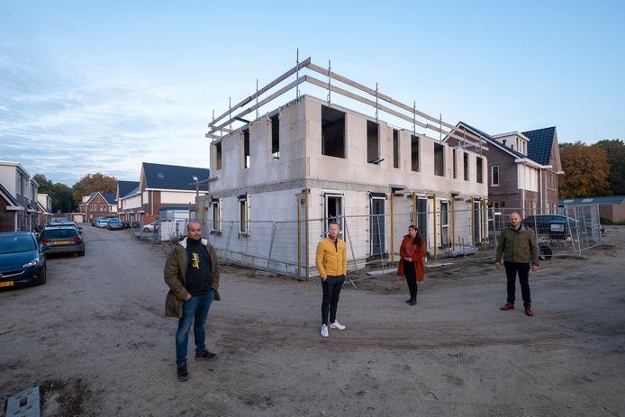 van links af: Robin Tiebosch,  Niels Brehler, Kristel  van Ommen en Henk van der Horst