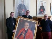 Schilderij kardinaal Alfrink nu aan de muur in geboorteplaats Nijkerk