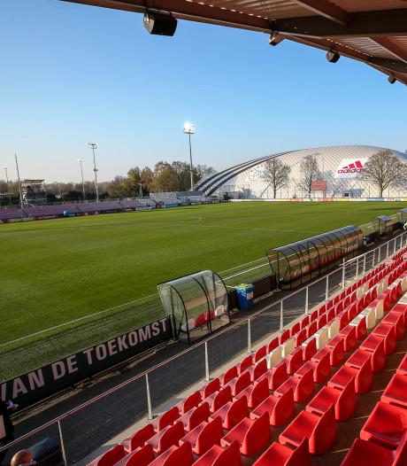 Duel tussen Jong Ajax en kampioen FC Twente naar 29 april
