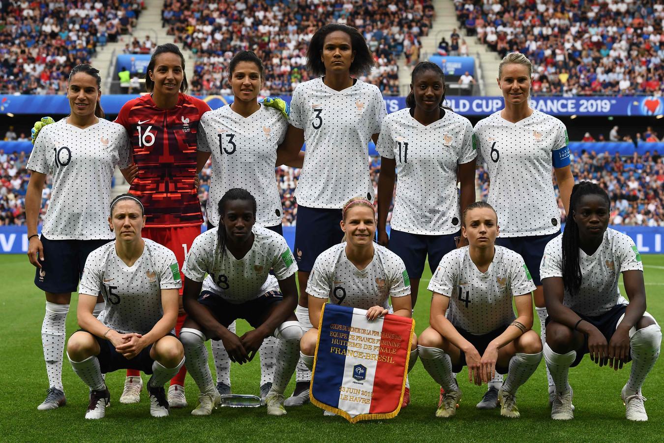 Het team van Frankrijk voor de achtste finale tegen Brazilië.