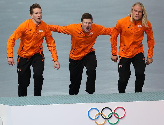 Jan Blokhuijsen, Sven Kramer en Koen Verweij pakken het goud in Sotsji op de achtervolging.