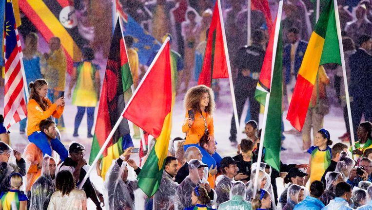 De Nederlandse atleten tijdens de sluitingsceremonie van de Olympische Spelen. Beeld ANP