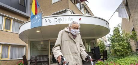 Hoe dit zorgcentrum in Bathmen leerde van het drama in de eerste golf: 'Velen zijn eenzaam gestorven'
