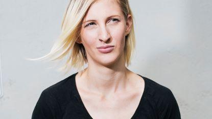 """Heidi groeide op tussen neonazi's: """"Ik was als kind een slachtoffer, maar op een gegeven moment werd ik ook een dader"""""""