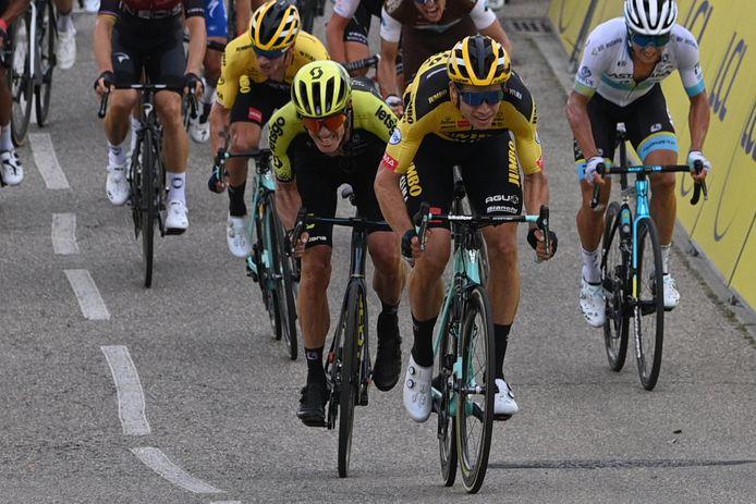 Parfaitement lancé par ses équipiers, Wout Van Aert n'a laissé aucune chance à Daryl Impey, qui se contente de la seconde place.