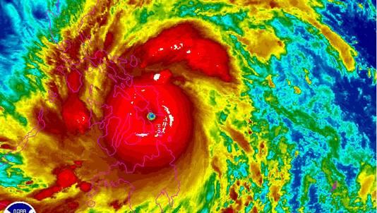 Een satellietfoto van de tyfoon Haiyan