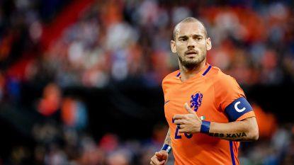 """Wesley Sneijder rechtuit in biografie: """"Ik ging met tegenzin naar het EK 2012"""", en """"Ik had een fles vodka als beste vriend"""""""
