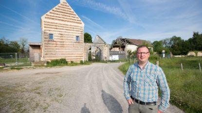 Gemeenteraad keurt motie goed voor dringend herstel van hoeve Caestert