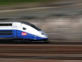 Conducteur laat passagier in 'middle of nowhere' uitstappen omdat hij weigert mondmasker te dragen aan boord van TGV