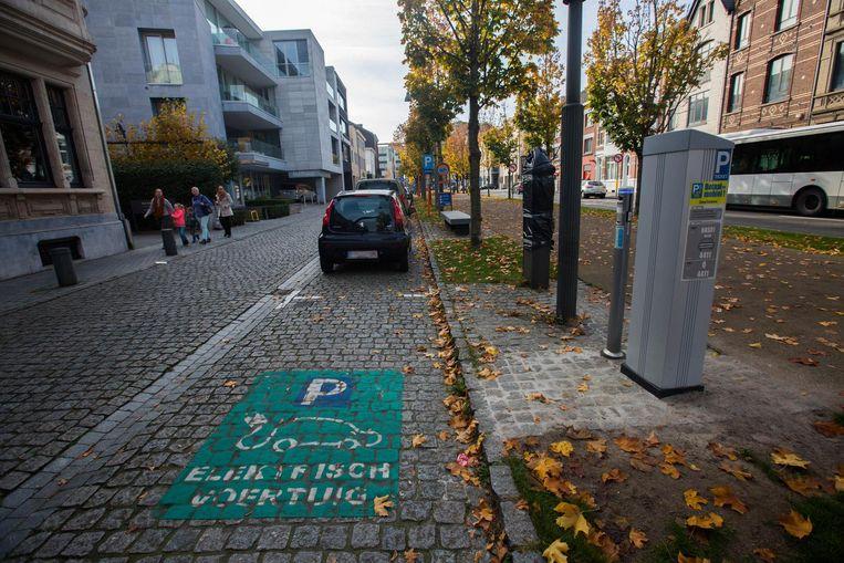 Tongeren gaat 20 laadpalen voor elektrische fietsen plaatsen, en hiervoor krijgt de stad subsidie van het Vlaams Energieagentschap.