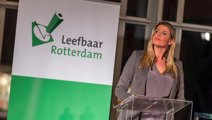 Leefbaar-raadslid Tanya Hoogwerf stelt dat een arbeidsmigrant met een uitkering per definitie geen arbeidsmigrant is.