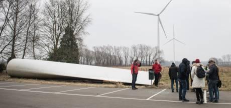 Rivierenland wil wind en zon verdubbelen. Eerst 42 windmolens en 172 hectare zonnevelden, daarna dubbel zo veel