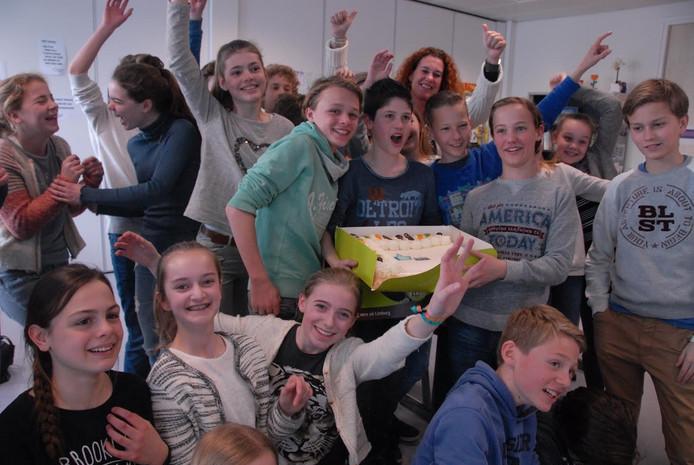 Klas B1D van het Bossche Sint-Janslyceum in jubelstemming