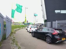 Nieuwe kledinglijn ADO Den Haag vanaf vandaag te koop via special drive-thru