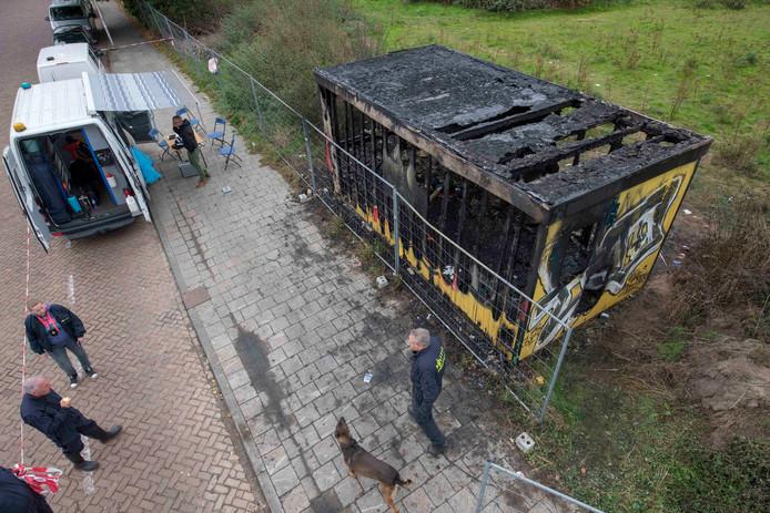 Dode bij brand bij bouwcontainer Achtseweg-Zuid in Eindhoven.