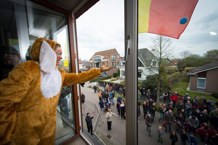 De paaseierenworp is in Sint-Amands al langer een traditie.